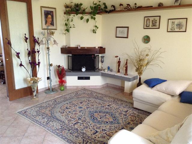 Villa in vendita a Bientina, 5 locali, zona Località: QuattroStrade, prezzo € 325.000 | Cambio Casa.it