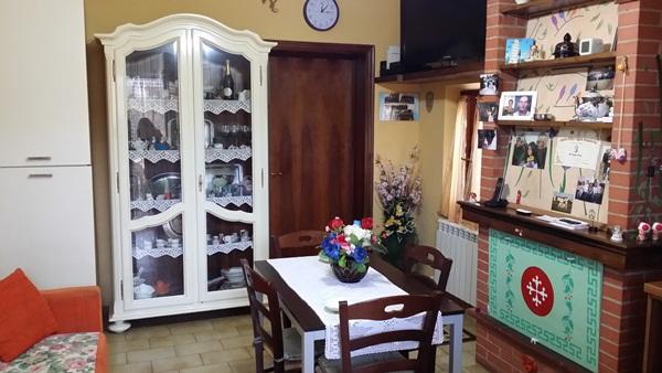 Bilocale Vicopisano Via Lungarno Garibaldi 33 2