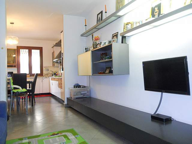 Appartamento in vendita a Bientina, 4 locali, prezzo € 210.000 | Cambio Casa.it