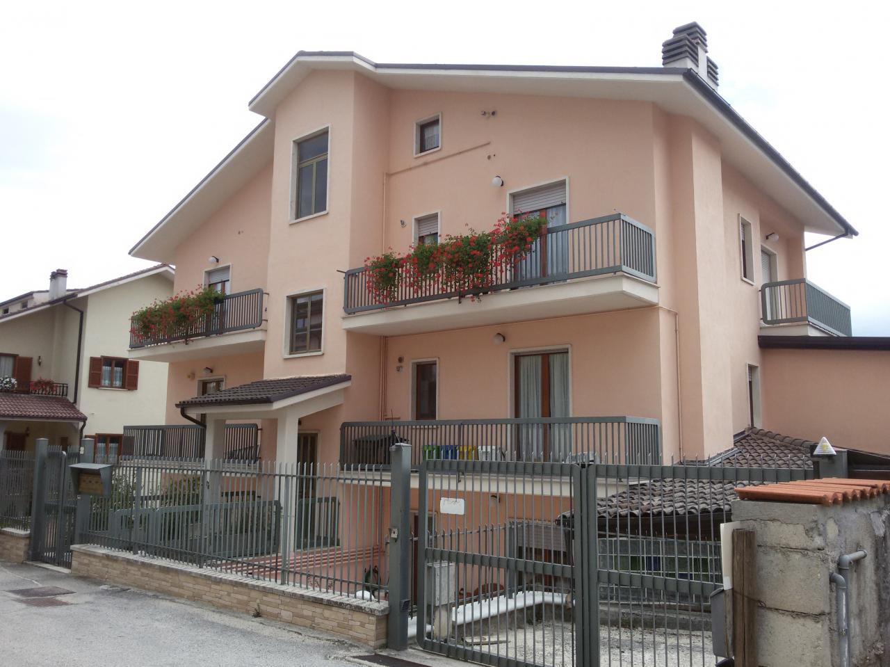 Trilocale in affitto a L'Aquila in Via Raffaele Cappelli