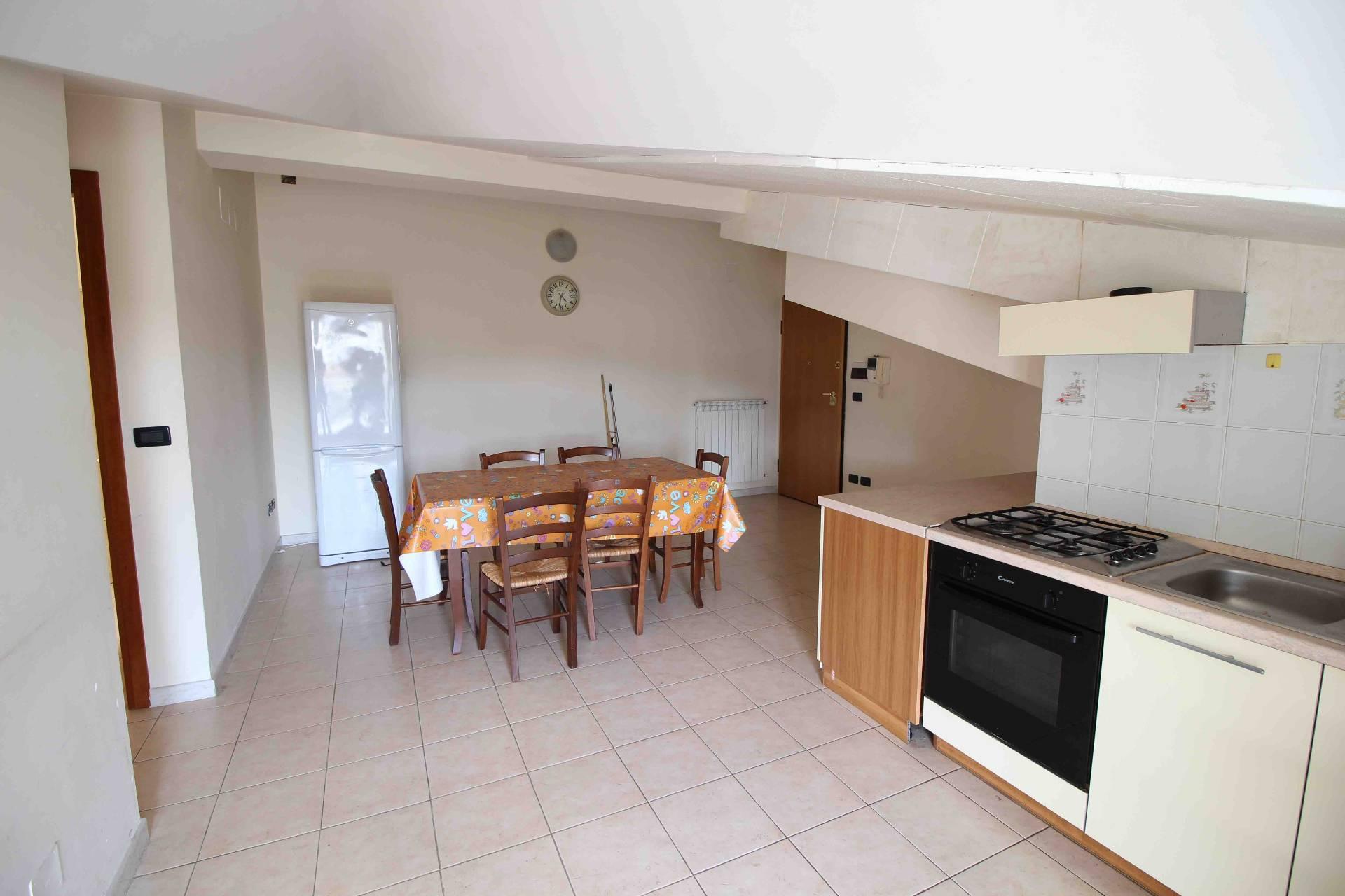 Attico / Mansarda in affitto a L'Aquila, 3 locali, zona Località: C.daRomani, prezzo € 400   CambioCasa.it
