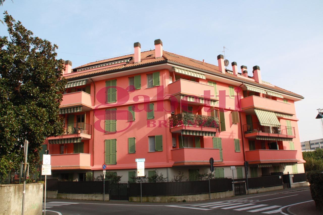 Bilocale Arcore Via S.francesco 1