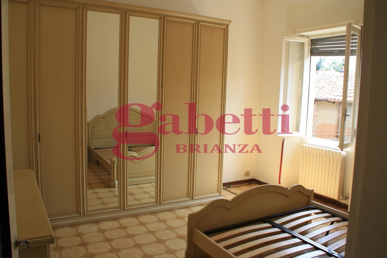 Bilocale Usmate Velate Via Milano 7