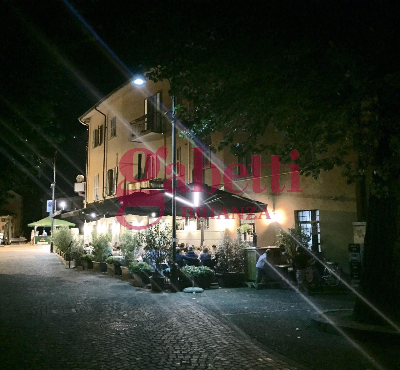 Attività / Licenza in vendita a Monza, 9999 locali, Trattative riservate | Cambio Casa.it
