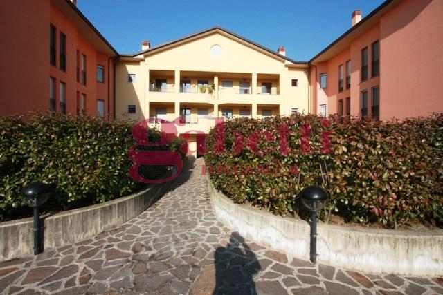 Bilocale Usmate Velate Via Venezia 2