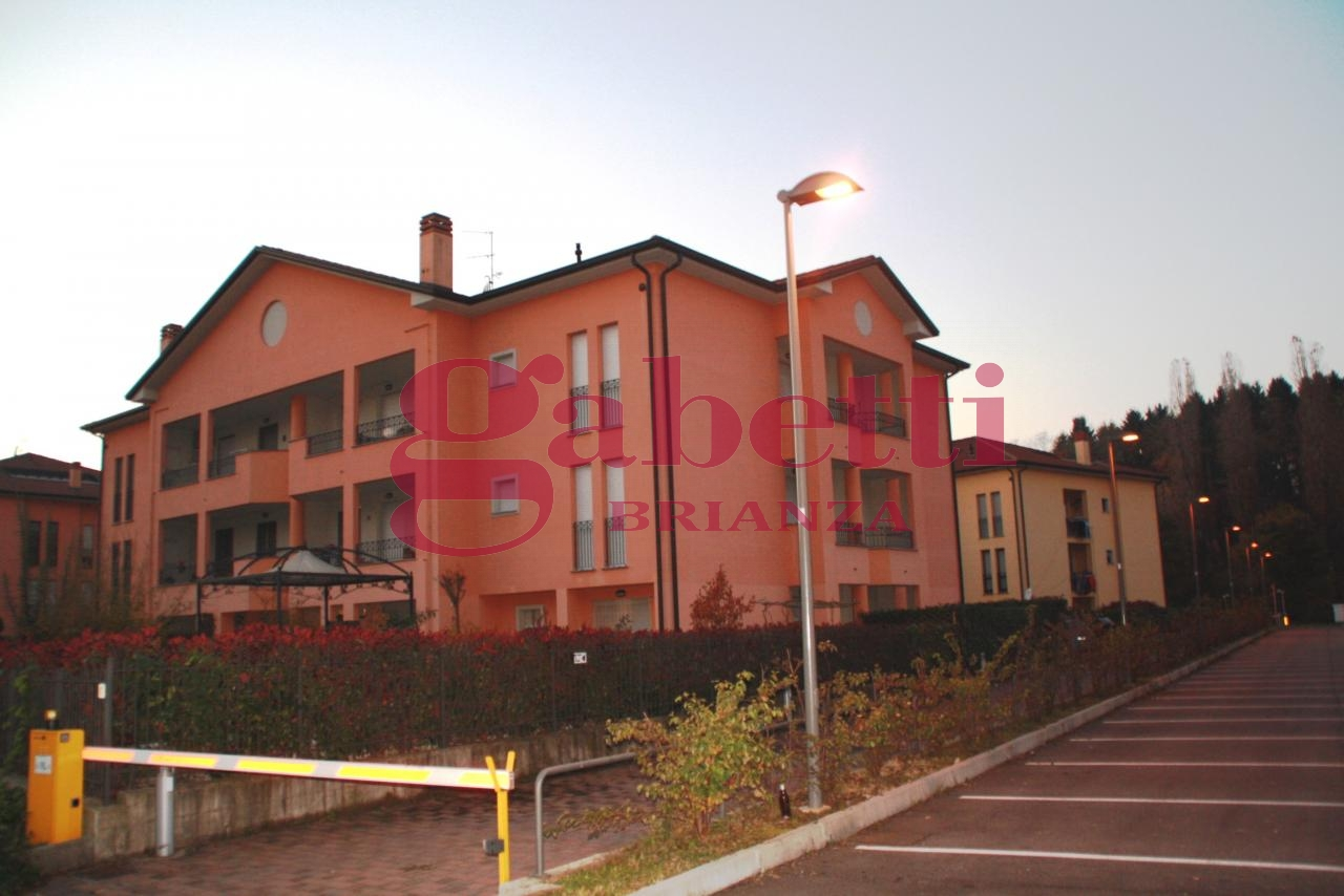 Bilocale Usmate Velate Via Venezia 9