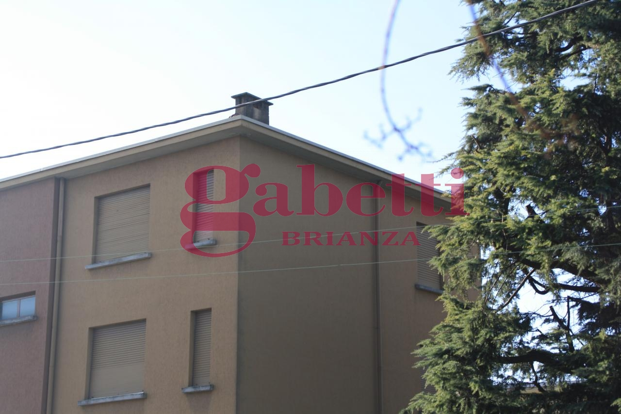 Bilocale Cornate d Adda Via Cesare Battisti 2