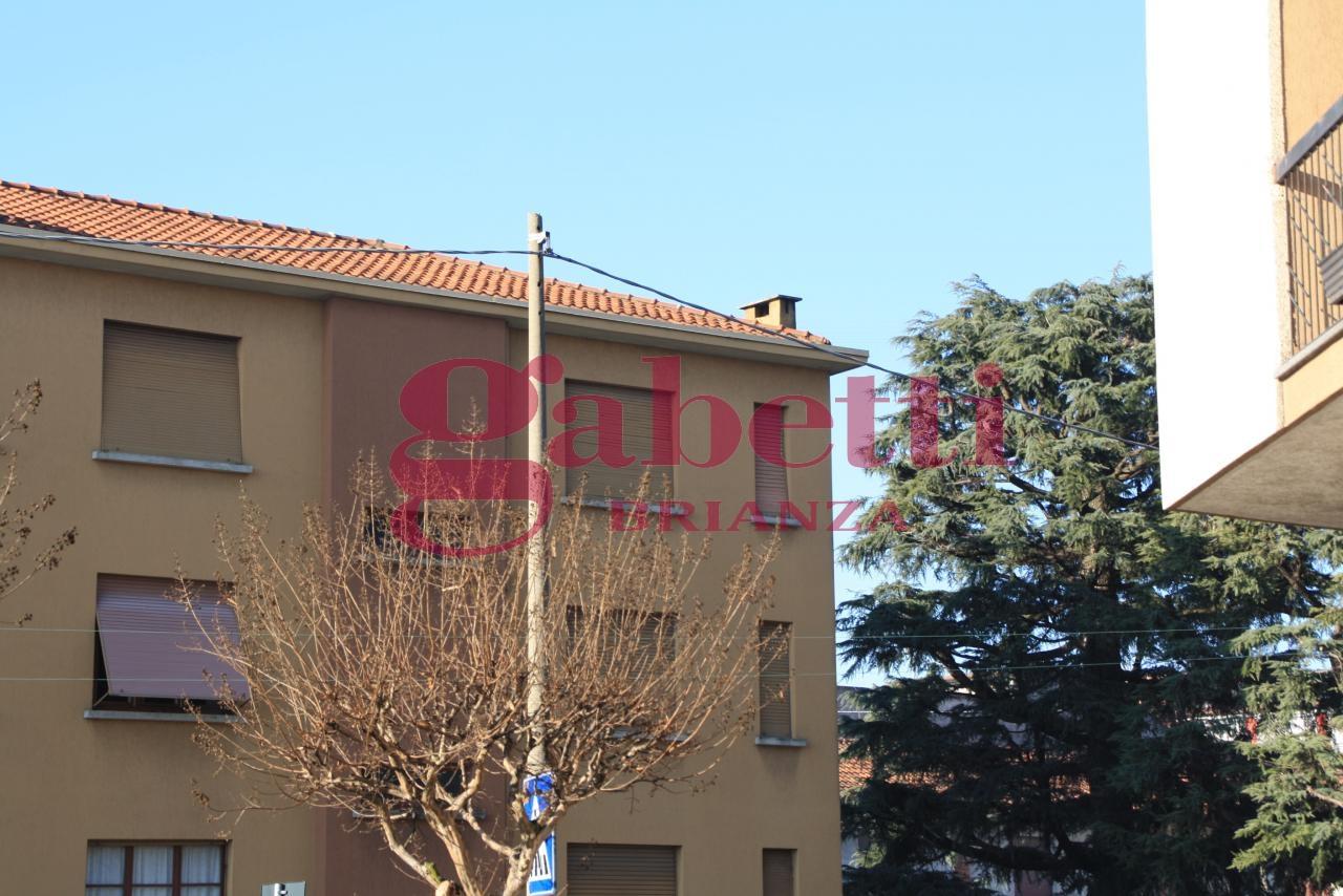 Bilocale Cornate d Adda Via Cesare Battisti 1