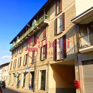 Bilocale Arcore Via Umberto 1 6