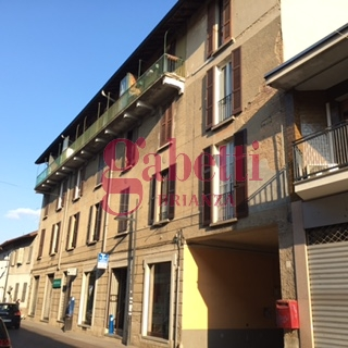 Bilocale Arcore Via Umberto 1 7
