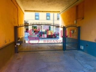 Bilocale Arcore Via Umberto 1 1