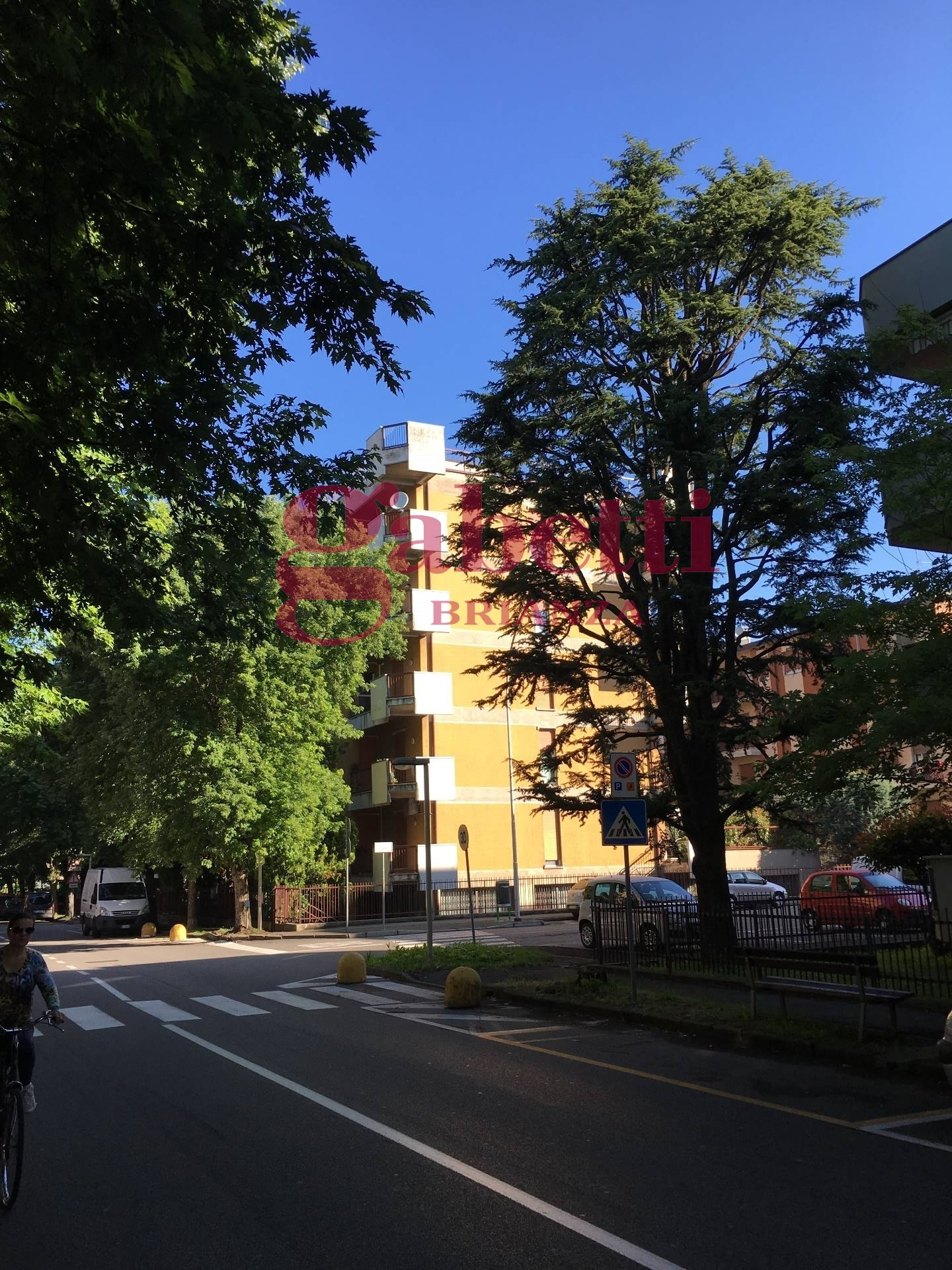 Appartamento in vendita a Arcore, 3 locali, prezzo € 215.000 | Cambio Casa.it