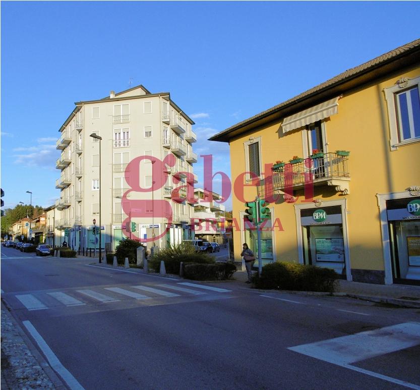 Appartamento in vendita a Usmate Velate, 2 locali, prezzo € 65.000 | Cambio Casa.it
