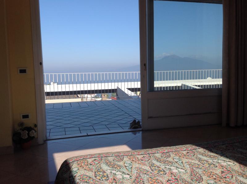 Appartamento in vendita a Vico Equense, 8 locali, prezzo € 1.200.000 | Cambio Casa.it