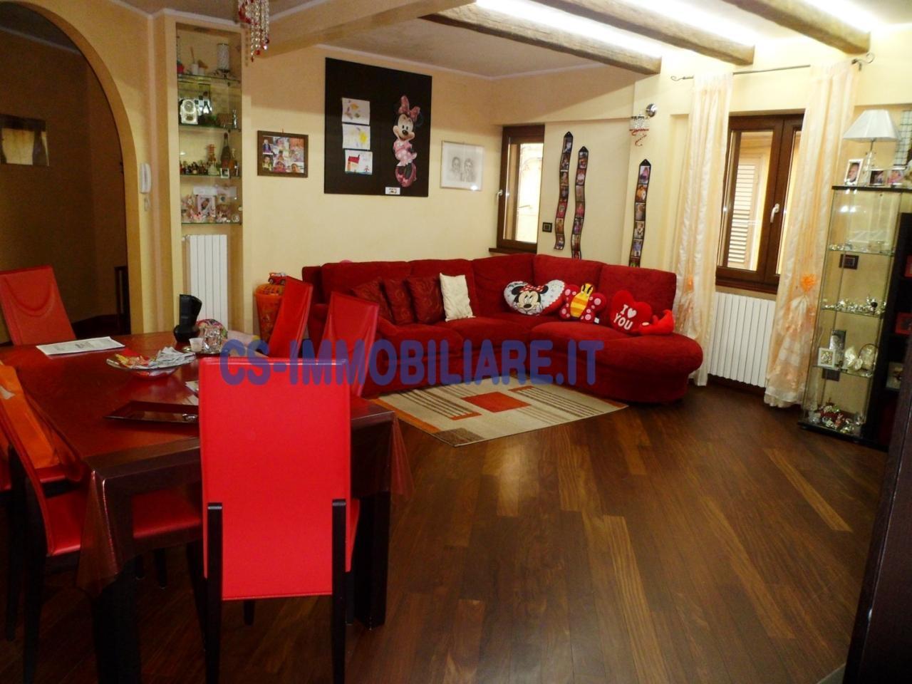 Quadrilocale in vendita a Tito in Via Cafarelli