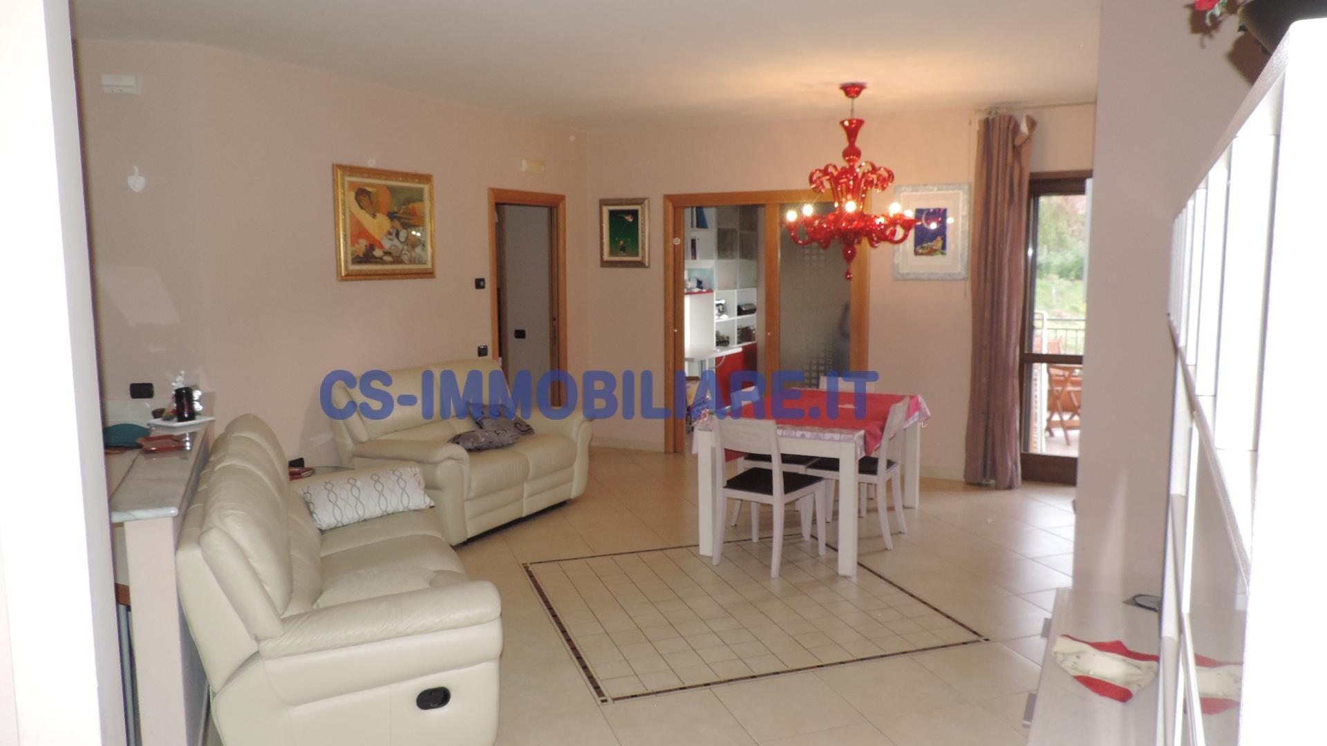 Appartamento in vendita a Tito, 4 locali, zona Località: ViaRoma, prezzo € 145.000   Cambio Casa.it