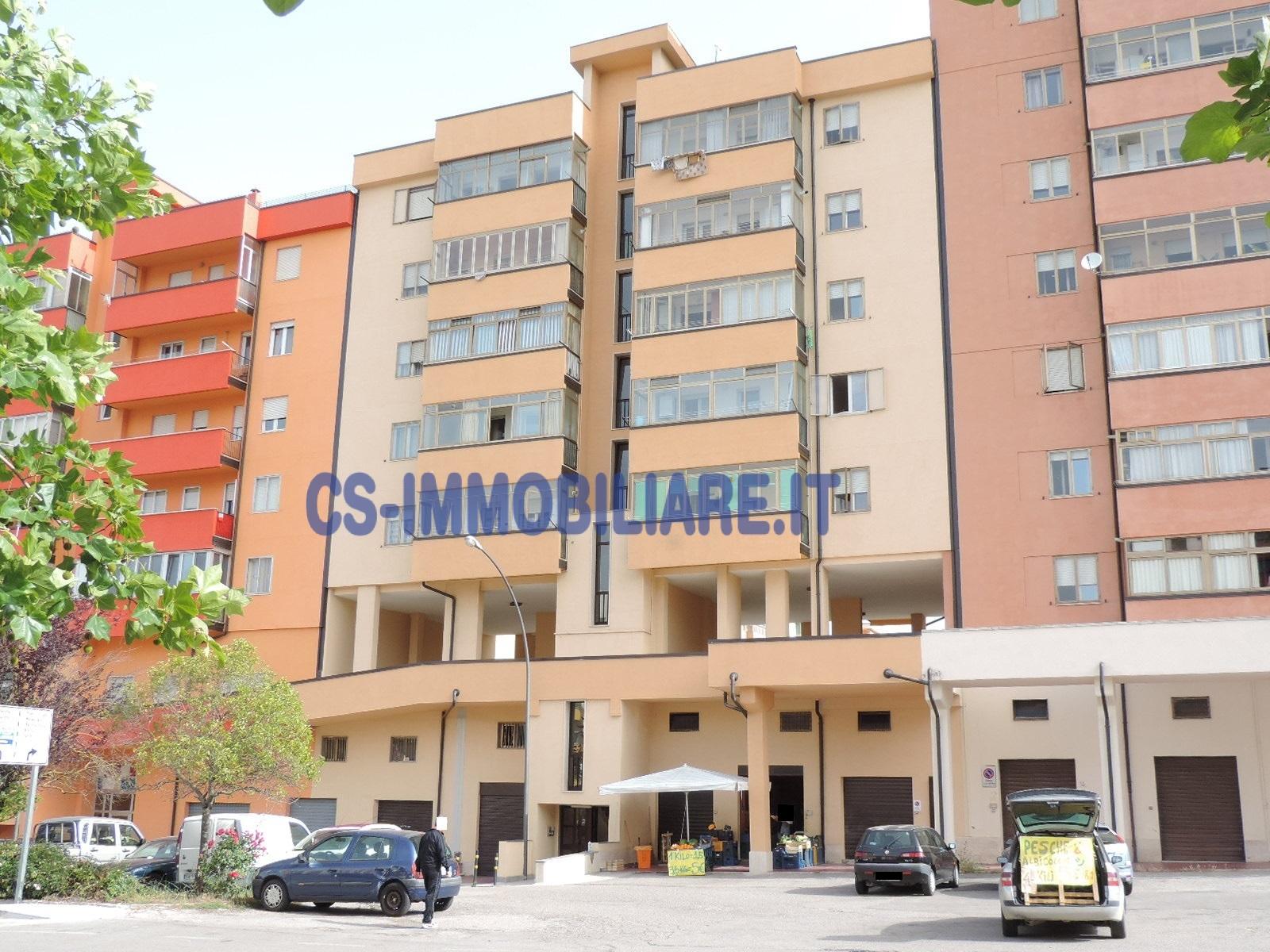 Appartamento in vendita a Potenza, 5 locali, zona Località: PoggioTreGalli, prezzo € 185.000 | Cambio Casa.it