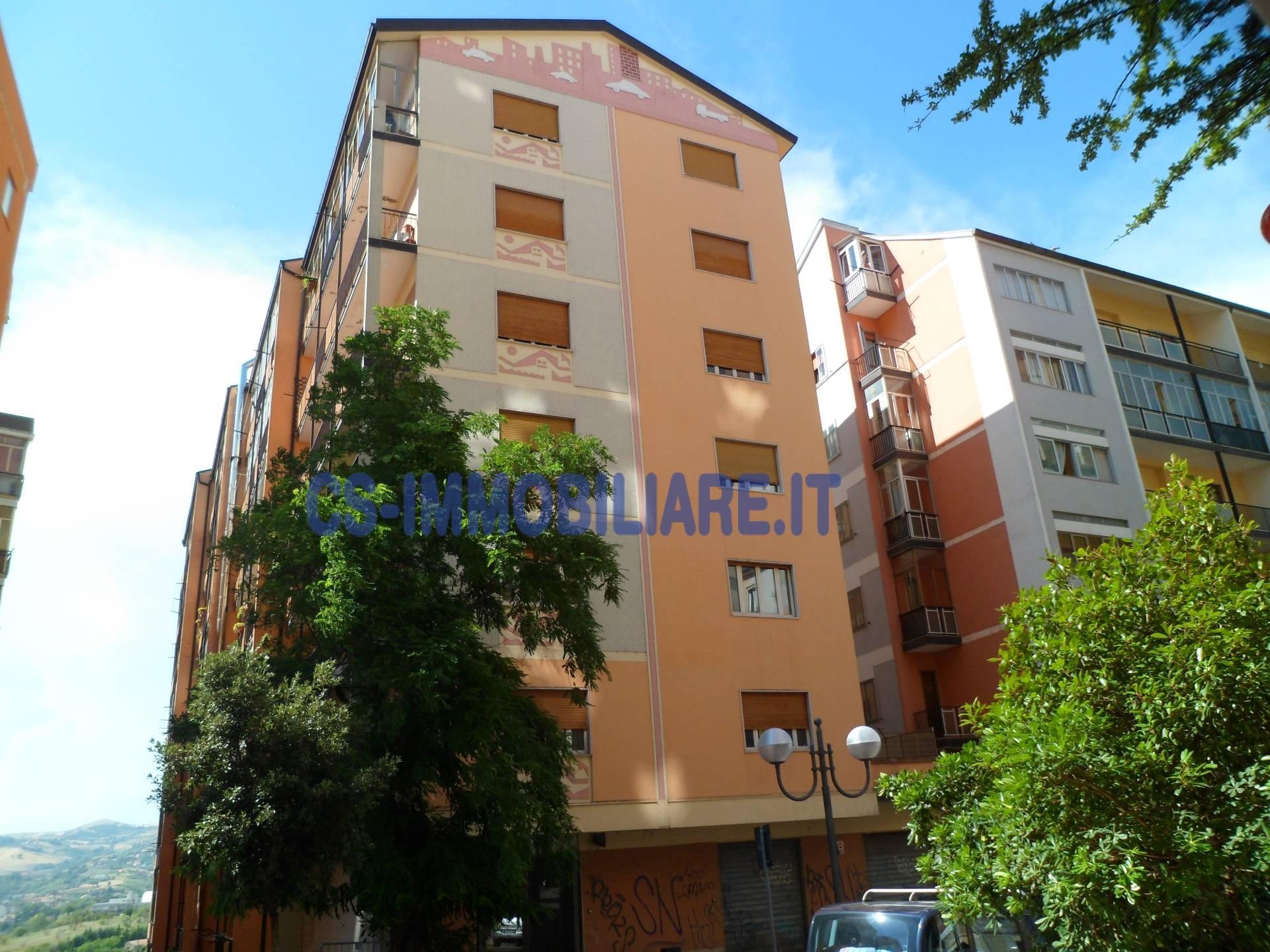 Appartamento in vendita a Potenza, 5 locali, zona Località: ViaMazzini, prezzo € 158.000 | Cambio Casa.it