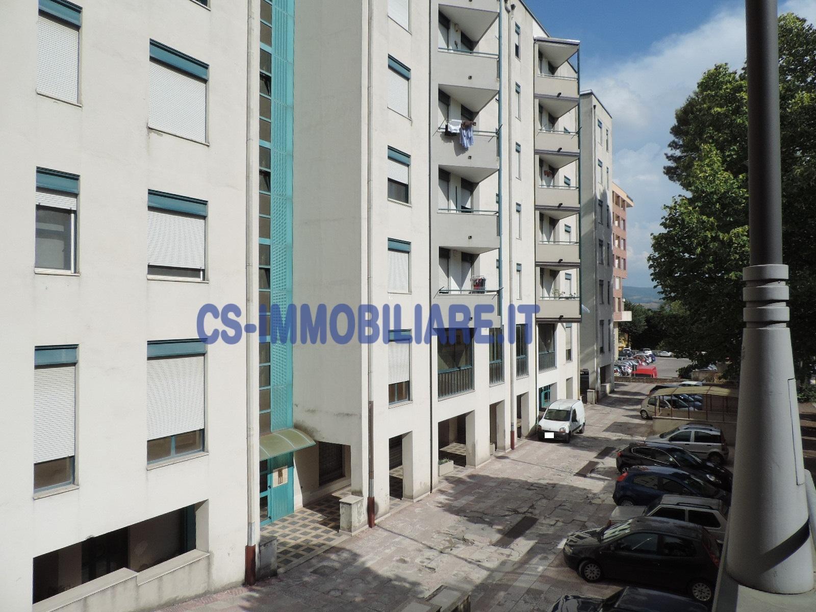 Appartamento in vendita a Potenza, 4 locali, prezzo € 124.000 | Cambio Casa.it