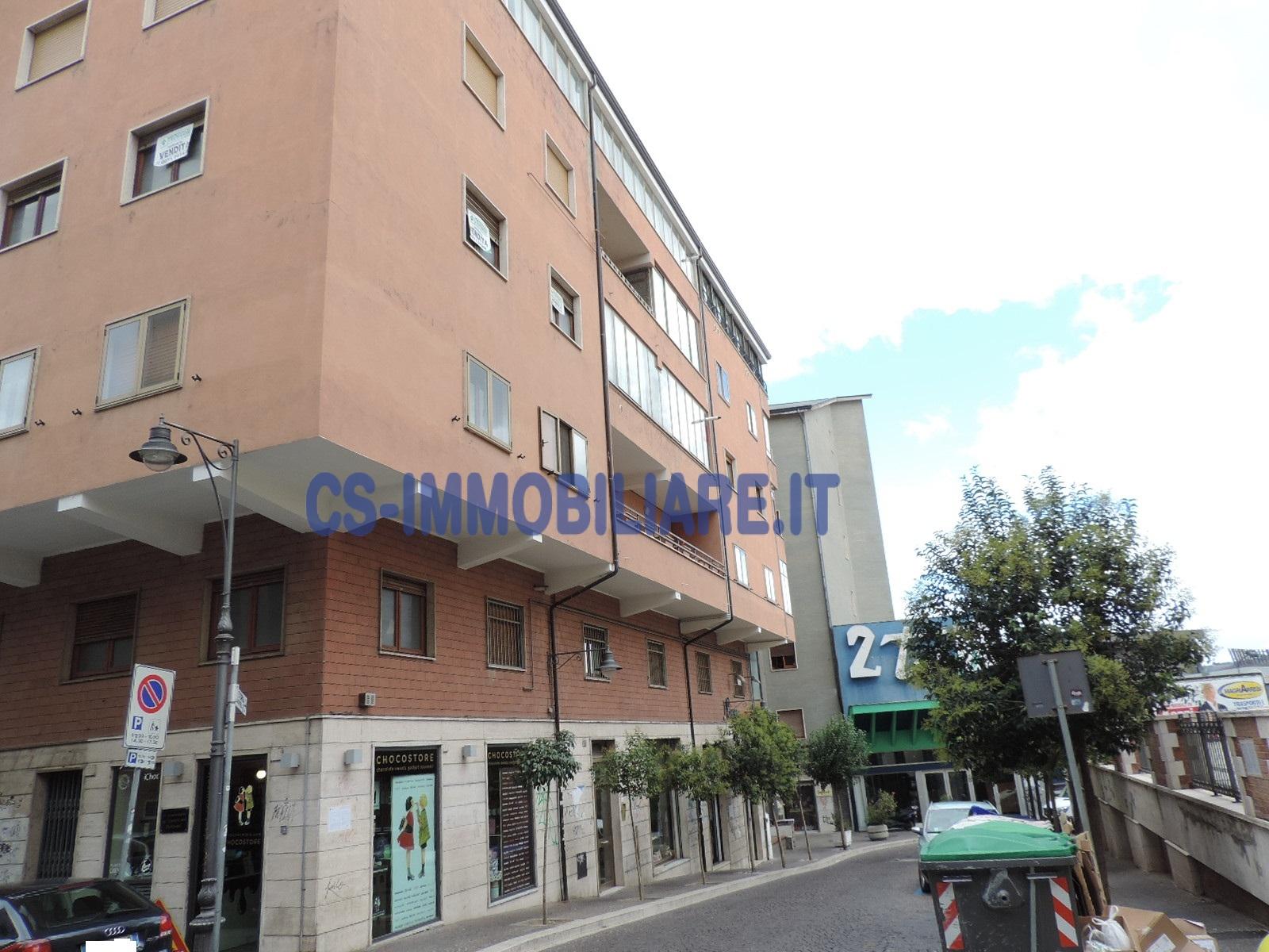 Appartamento in vendita a Potenza, 3 locali, zona Località: Centro, prezzo € 140.000 | Cambio Casa.it