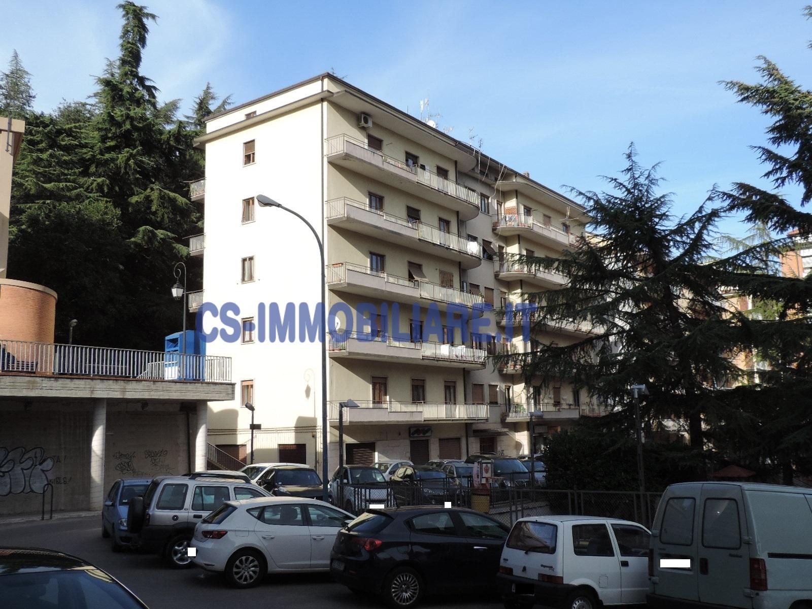 Appartamento in vendita a Potenza, 6 locali, prezzo € 185.000   Cambio Casa.it