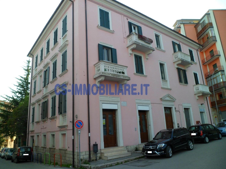 Ufficio / Studio in affitto a Potenza, 9999 locali, zona Zona: Semicentro, prezzo € 430 | CambioCasa.it