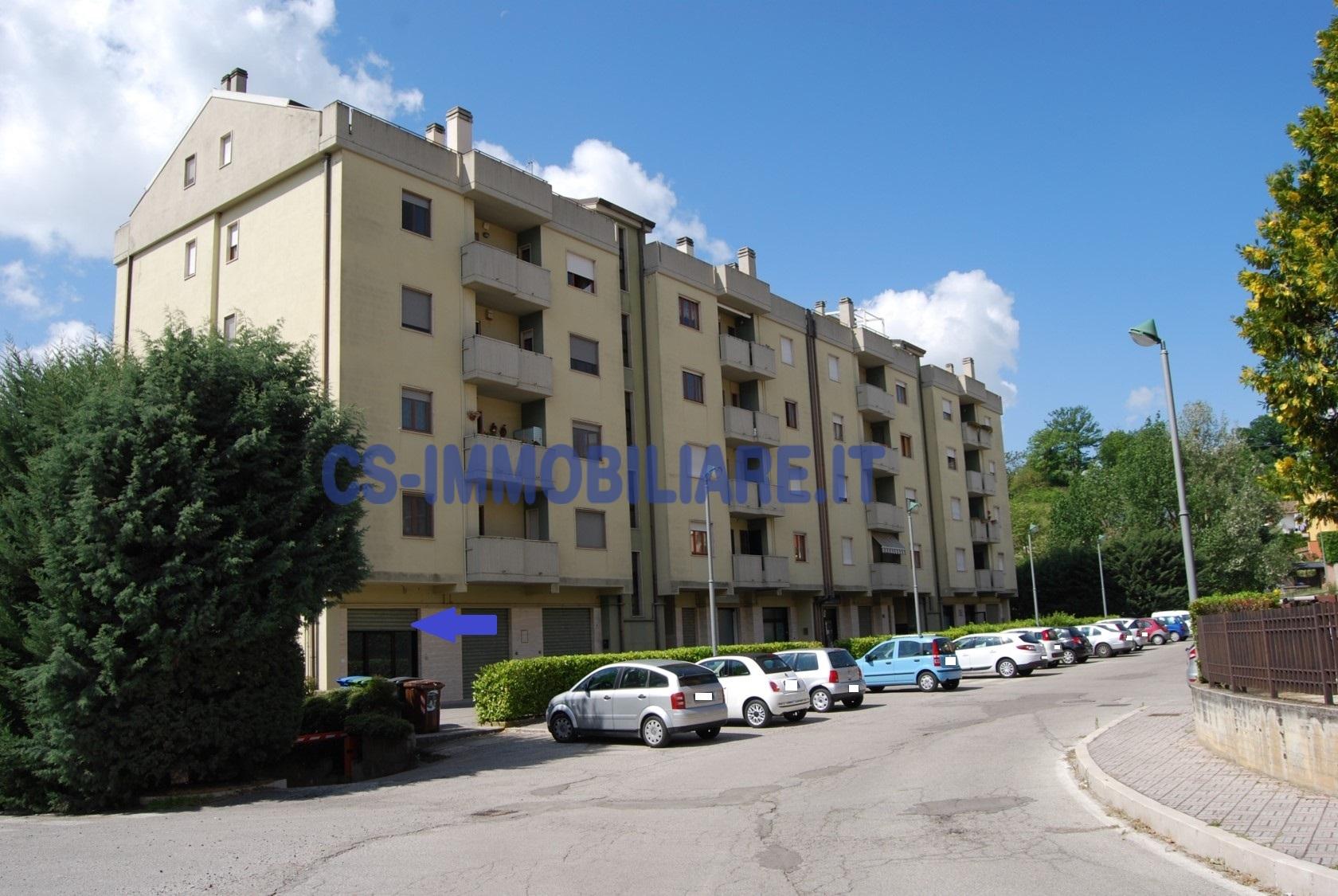 Negozio / Locale in vendita a Potenza, 9999 locali, zona Località: ZonaG, prezzo € 80.000 | CambioCasa.it