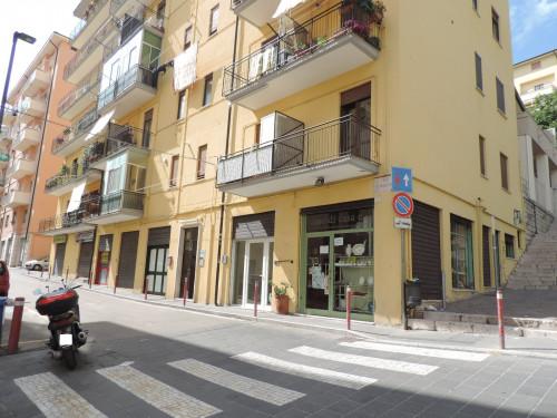 Vai alla scheda: Locale Commerciale Affitto Potenza