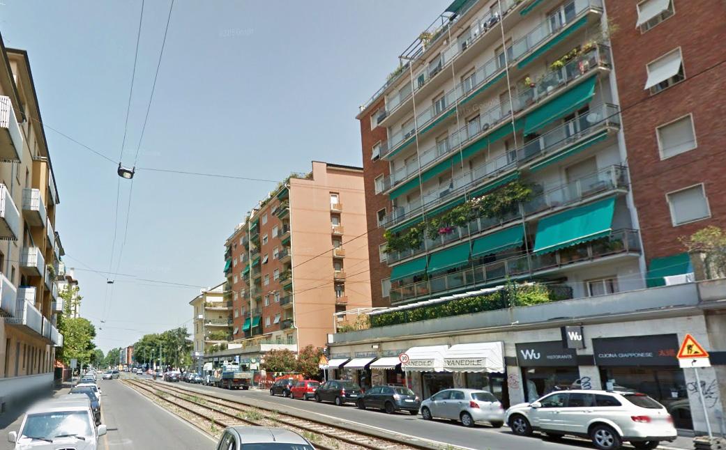 Bilocale Milano Via Filippo Abbiati 3