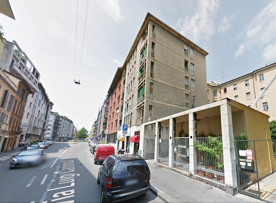 Bilocale Milano Via Luigi Canonica 1