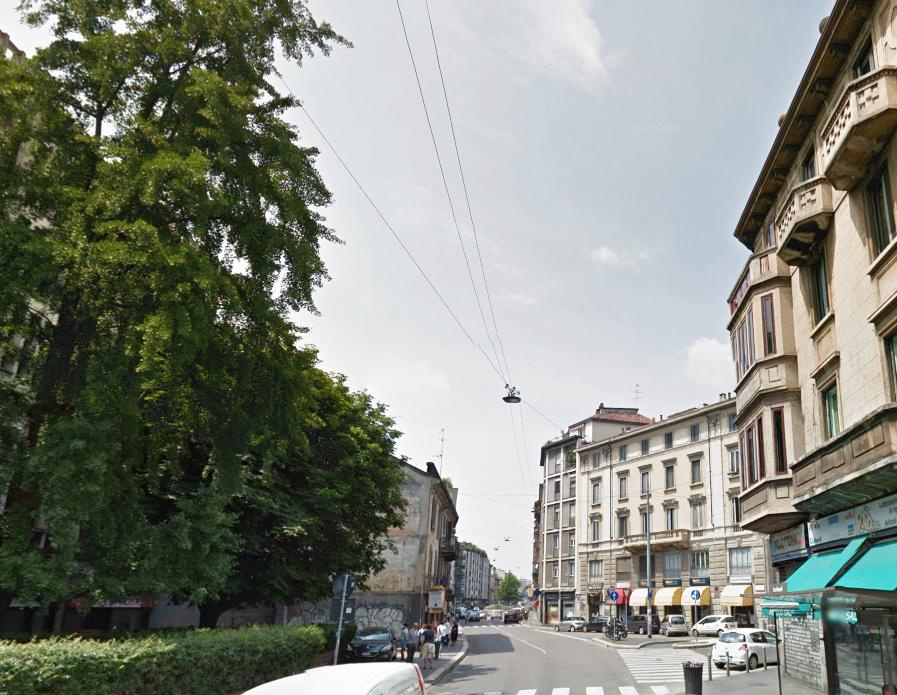 Bilocale Milano Via Luigi Canonica 2