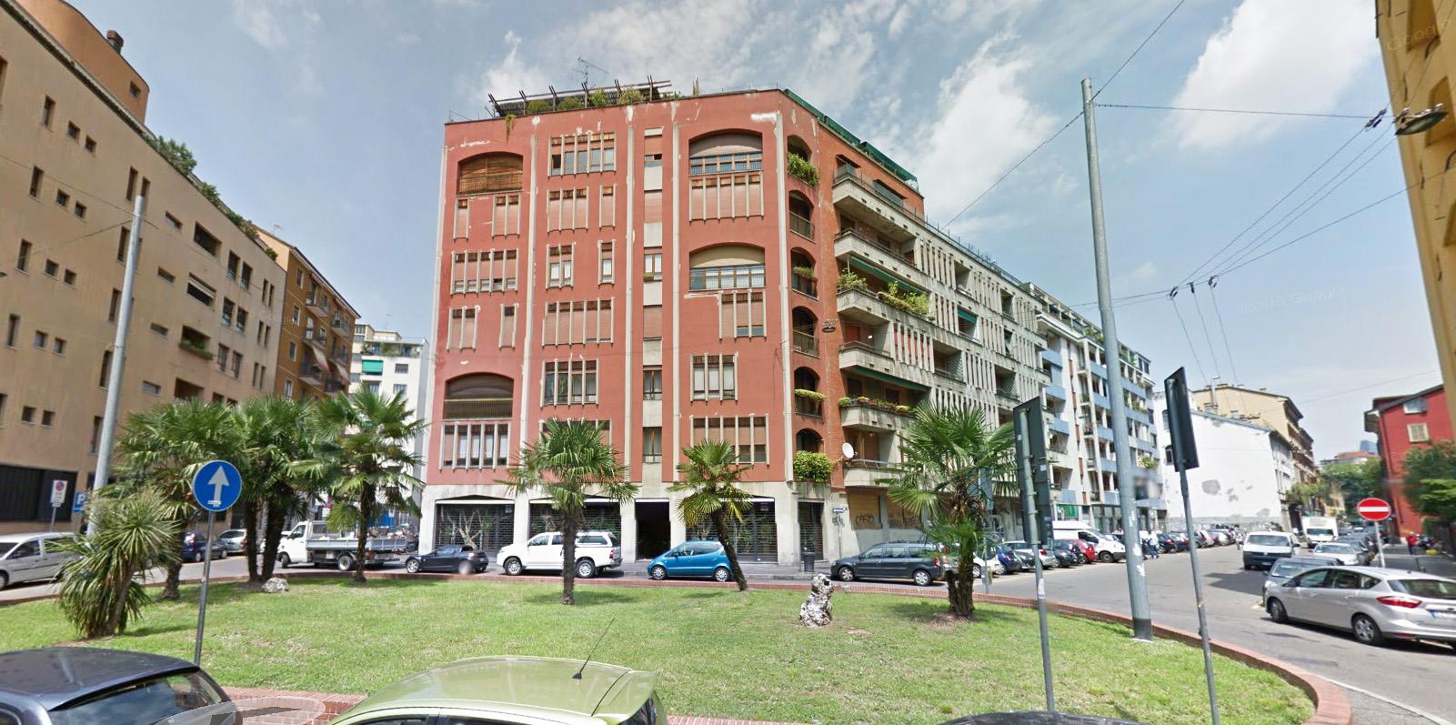 Bilocale Milano Via Luigi Canonica 3