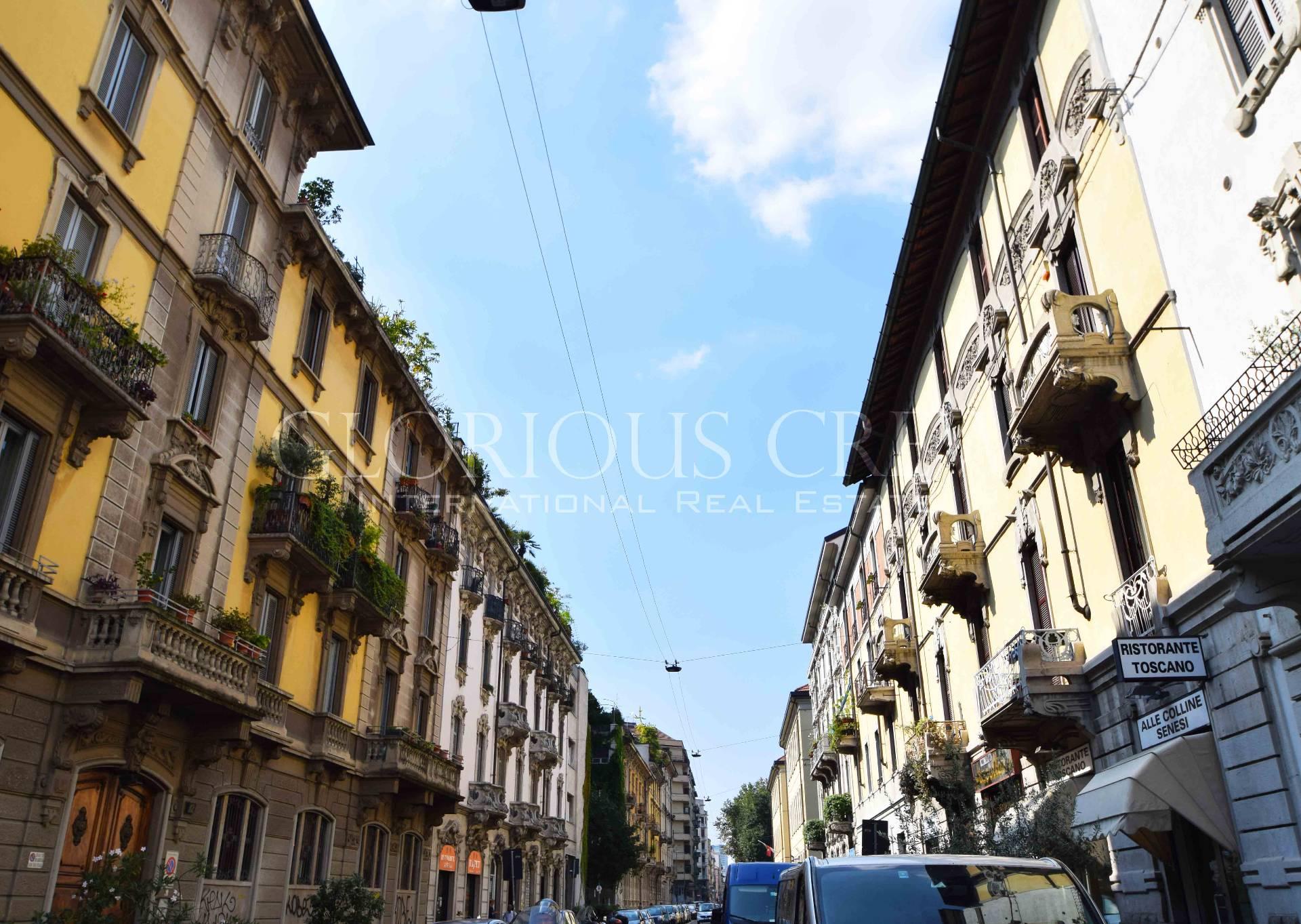 Bilocale Milano Via Stoppani 10