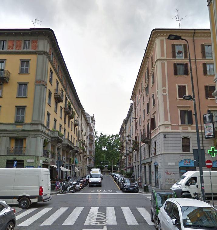 Bilocale Milano Via Lecco 2