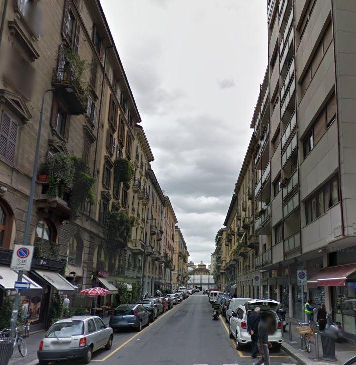 Bilocale Milano Via Lecco 5