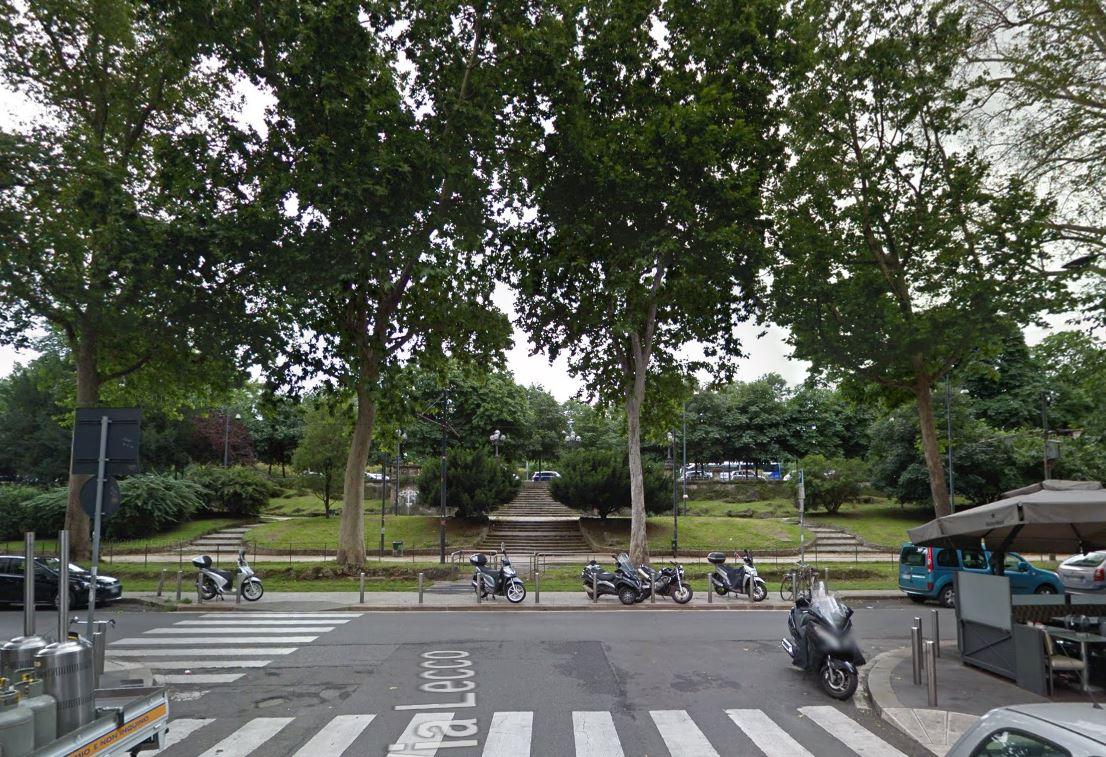 Bilocale Milano Via Lecco 6