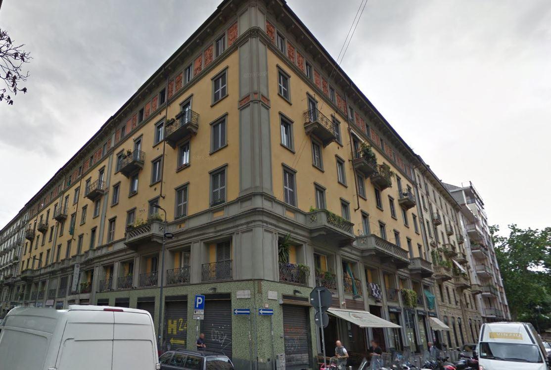 Bilocale Milano Via Lecco 10