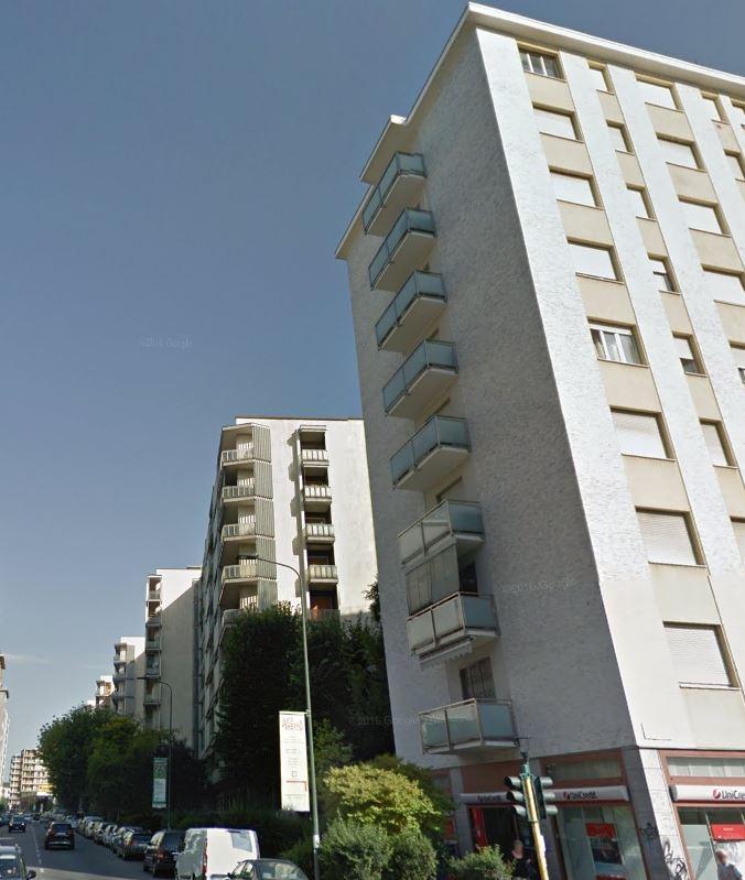 Bilocale Milano Via Melchiorre Gioia 4