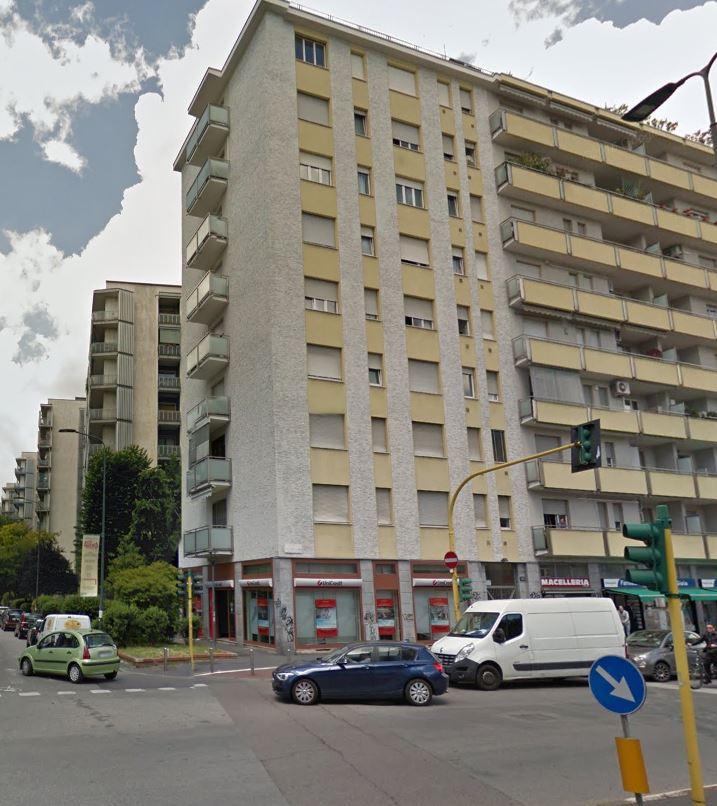 Bilocale Milano Via Melchiorre Gioia 9