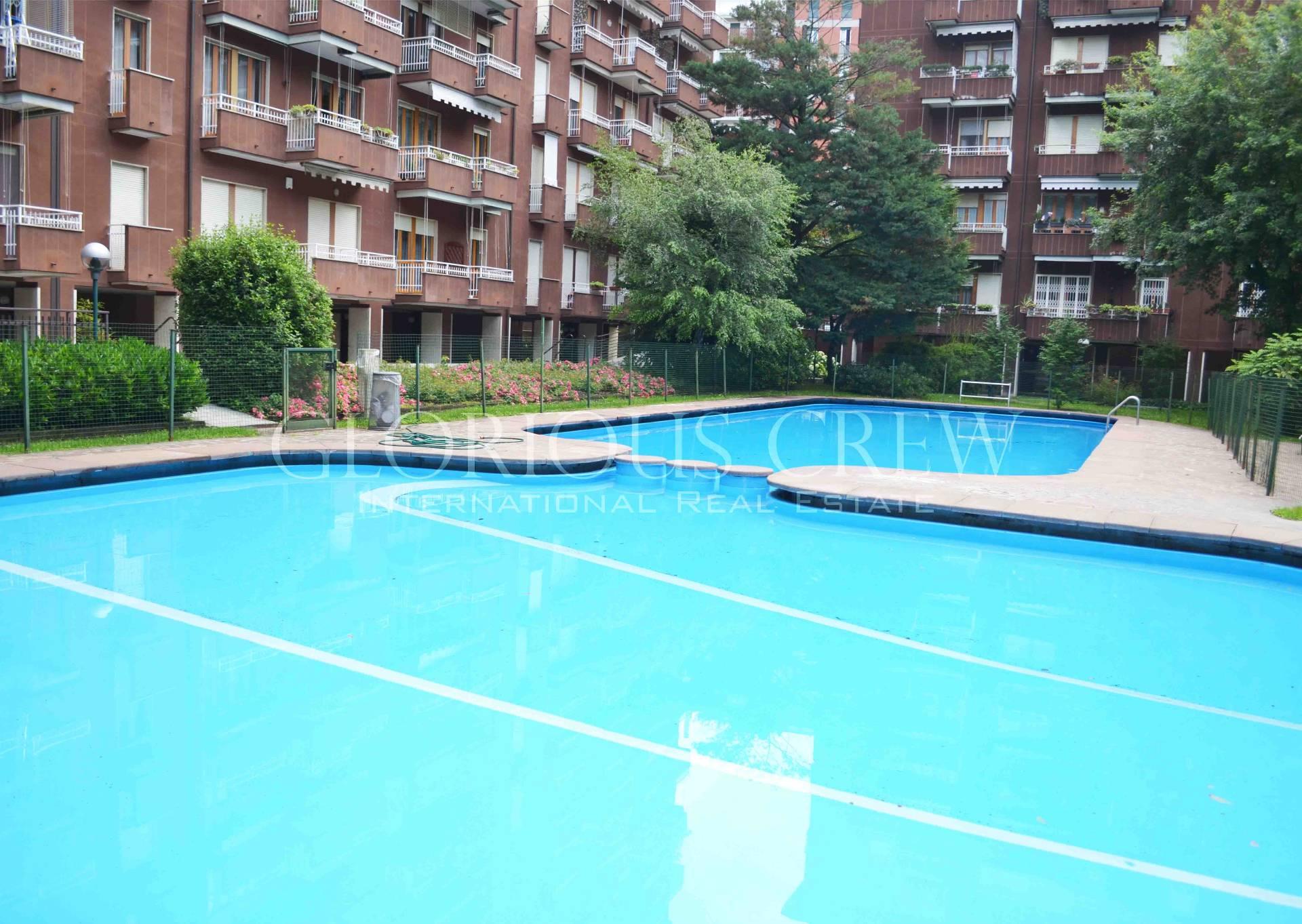 Bilocale Milano Via Durazzo 10