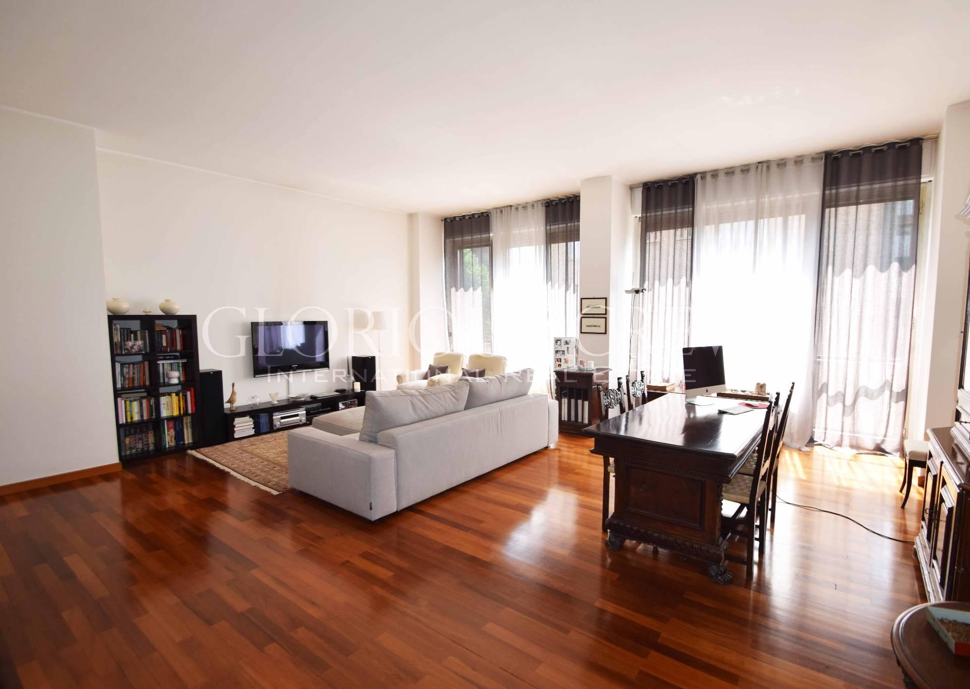 Appartamento in Vendita a Milano: 4 locali, 165 mq - Foto 2