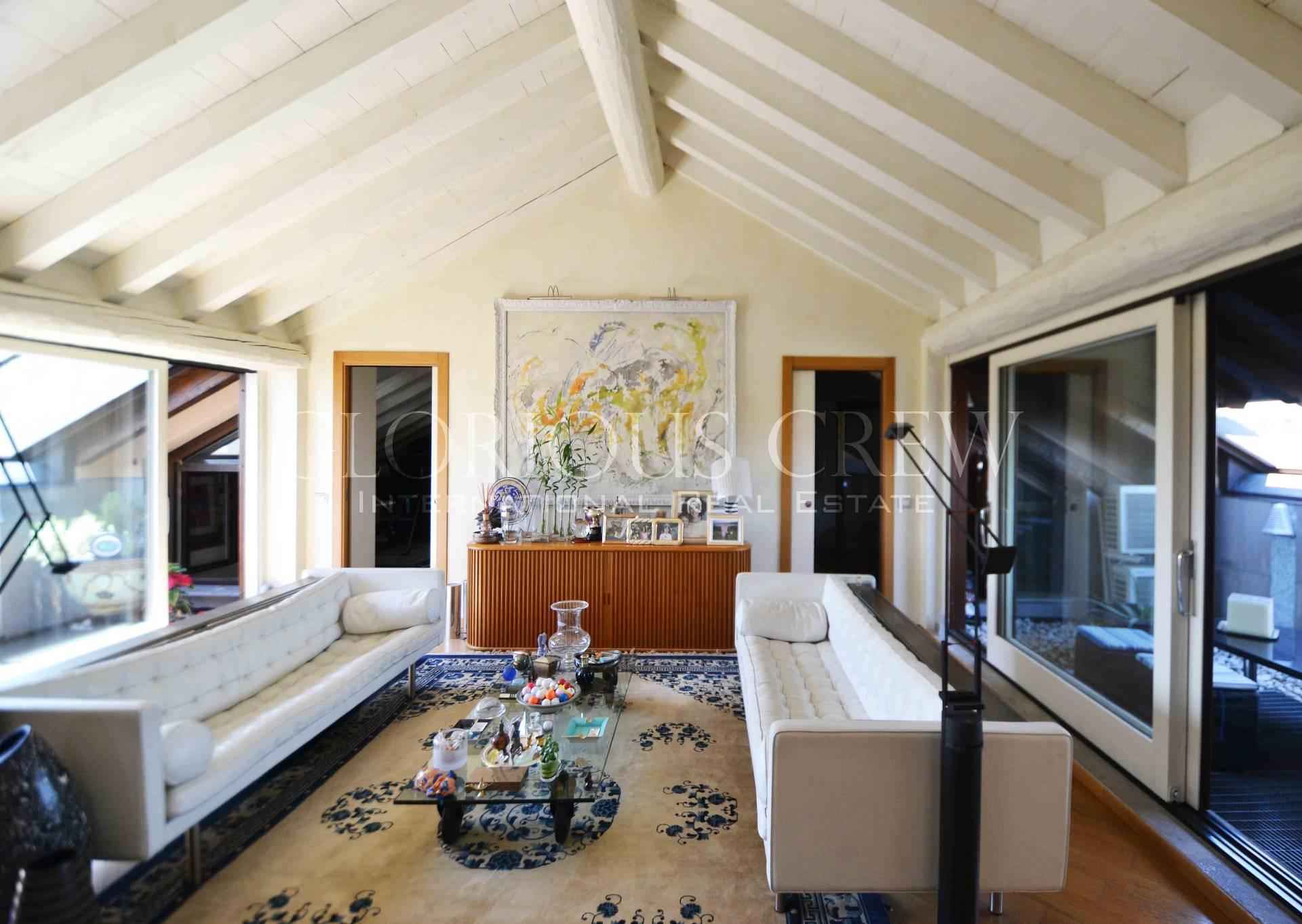 Appartamento in Vendita a Pieve Emanuele: 4 locali, 200 mq - Foto 1