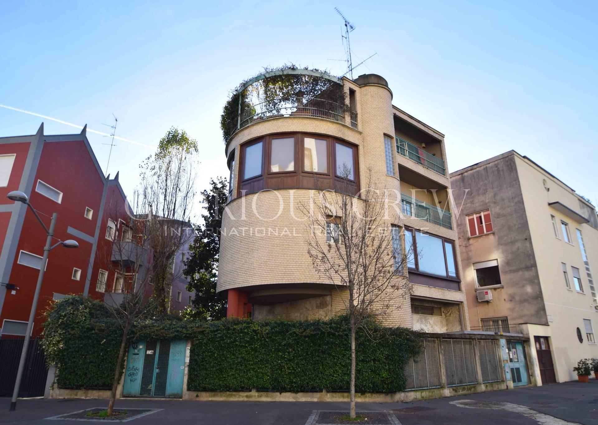 Villa in Vendita a Milano via ambrogio spinola