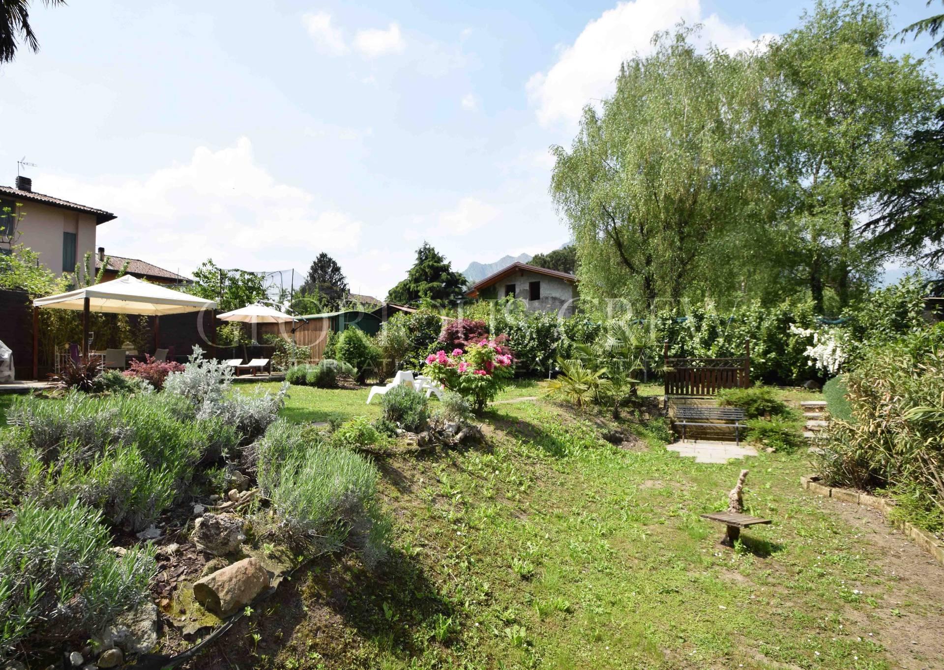 Villa in Vendita a Lecco: 5 locali, 200 mq