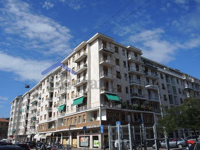Bilocale Bergamo Via Borgo Palazzo 1