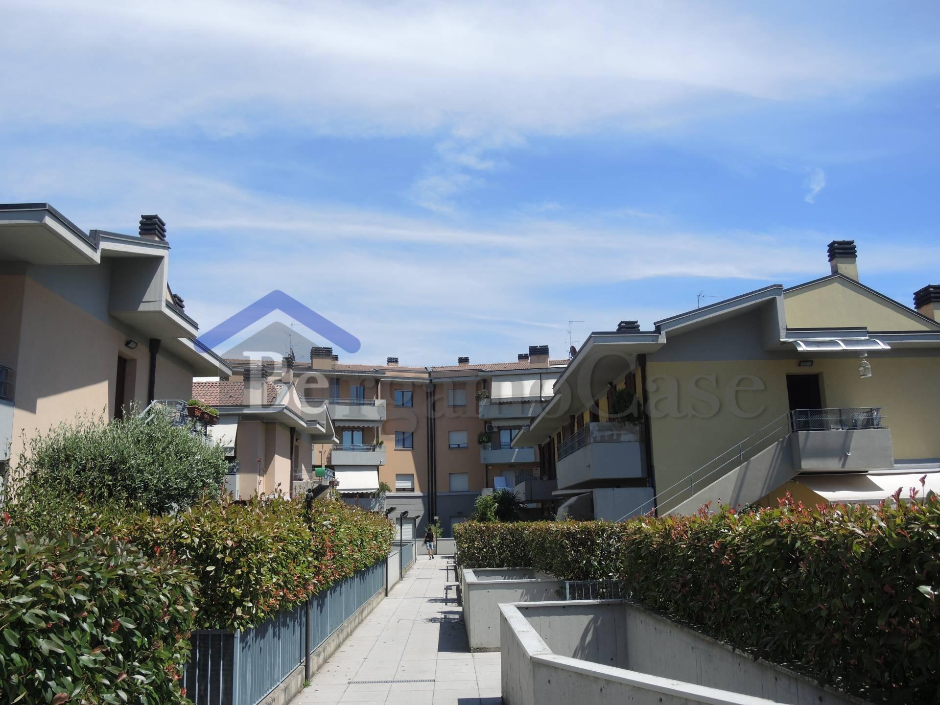 Bilocale Scanzorosciate Scanzorosciate Via Gorizia 8