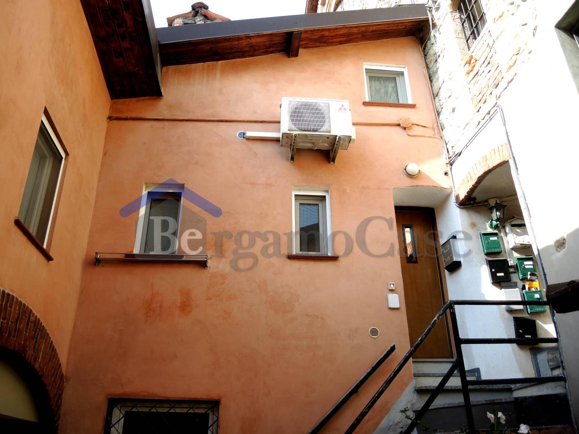 Bilocale Bergamo Bergamo Via Campagnola 9