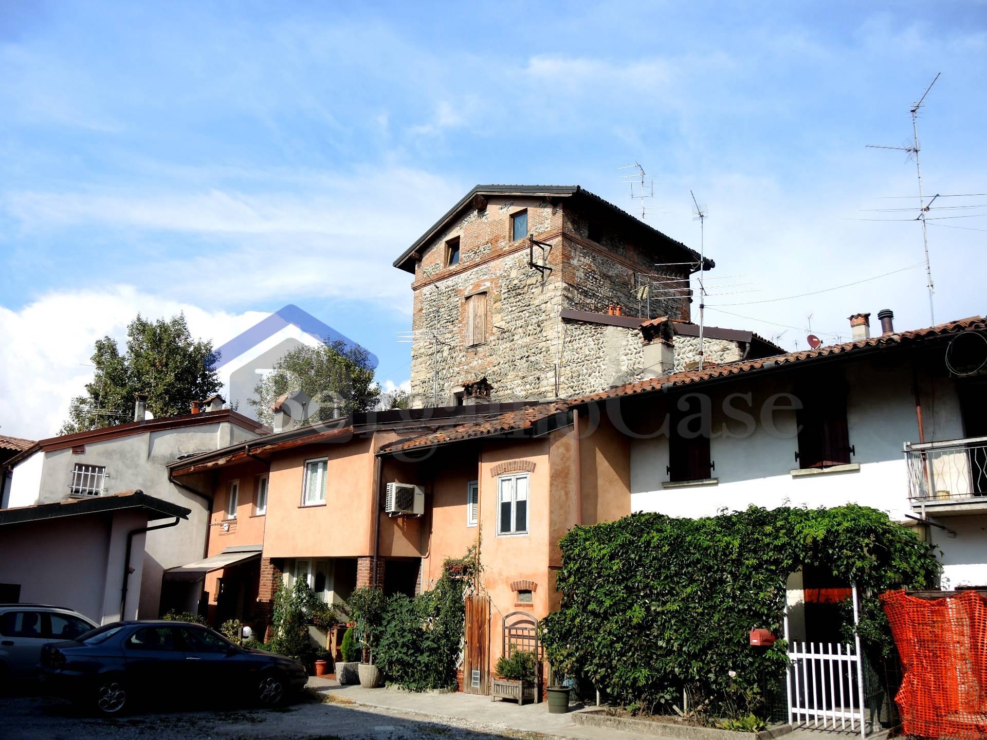 Bilocale Bergamo Bergamo Via Campagnola 2
