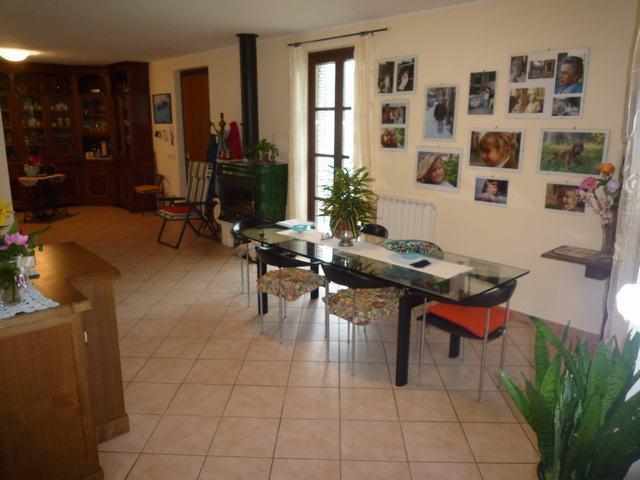 Villa Bifamiliare in Vendita a Calci