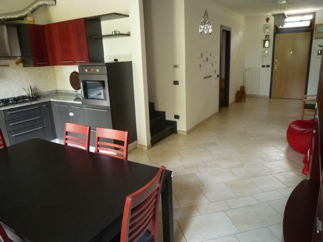 Villa in vendita a Vicopisano, 5 locali, zona Località: Vicopisano, prezzo € 240.000 | Cambio Casa.it
